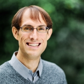 Dr Scott A. Hale